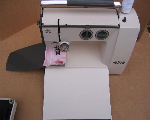 elna lotus zz featherweight sewing machine rh sewingonline co uk New Elna Lotus Sewing Machine elna lotus sp sewing machine manual free